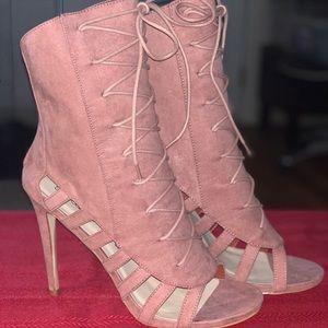 NEW! SHOEDAZZLE👠 Pink Suede Heels/Half-Booties